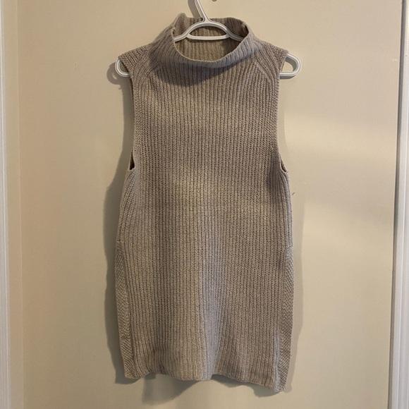 Wilfred aritzia sweater